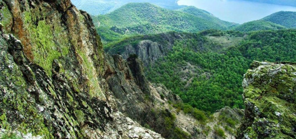 Neck-ul vulcanic Trescovăţ